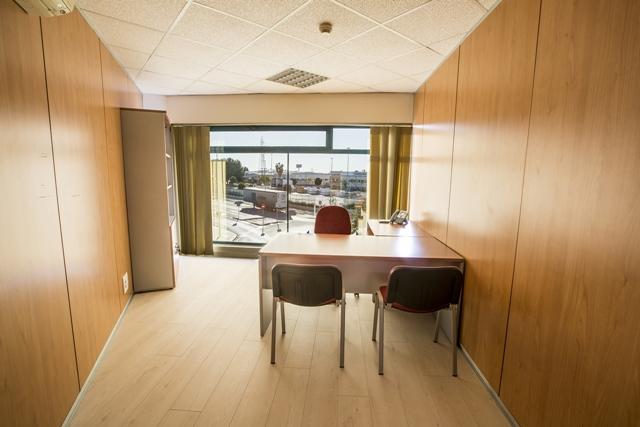 Alquiler de oficinasalquiler de oficinas y almacenes for Oficinas de empleo valencia